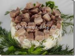 новый салат Оливье, рецепт салат Оливье, салат Оливье с языком, состав салата Оливье, как приготовить салат Оливье, приготовление салата Оливье, салат Оливье рецепт с фото